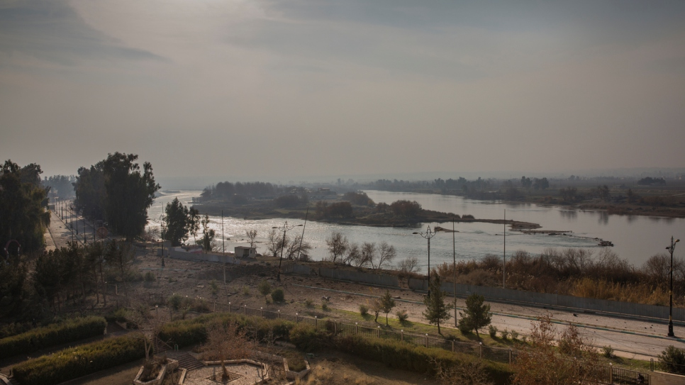 The Tigris River acts as the dividing line between the west and east side of Mosul.