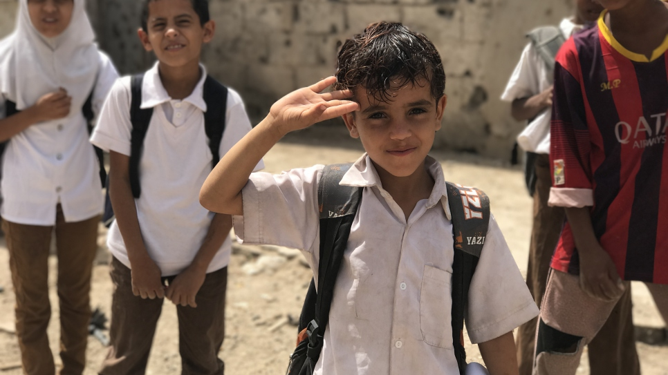 Children return from school in the Basateen district of Aden, host to a high concentration of refugee and displaced communities but also particularly impacted by conflict.