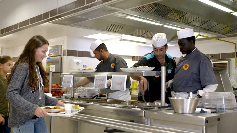 France: Refugee Chefs Give Schools a Taste of Something New