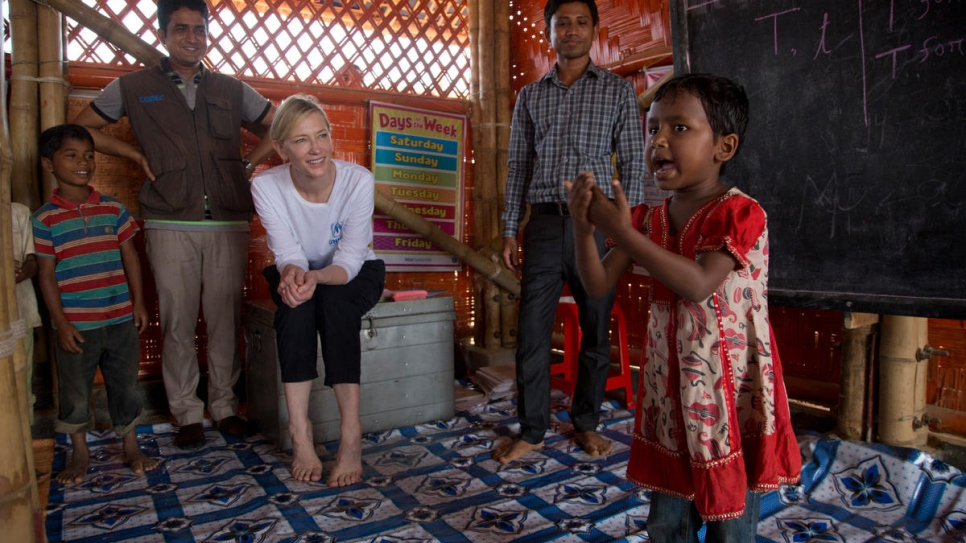 Goodwill Ambassador Cate Blanchett meets children at the UNHCR funded Temporary Learning Centre run by UNHCR partner CODEC in Kutupalong refugee settlement.
