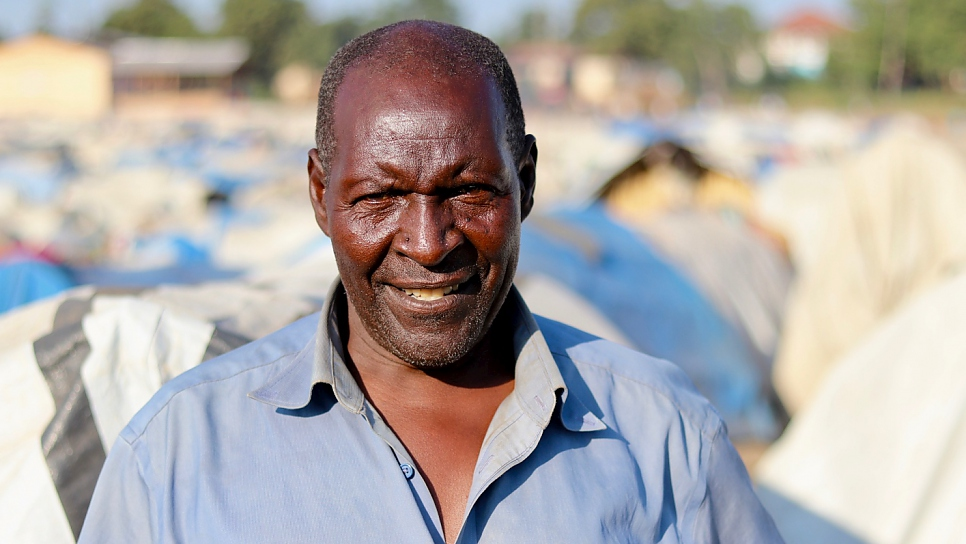 Betso lives in the General Hospital site in Bunia with his wife and seven children. Life for the family is difficult and they face an uncertain future.