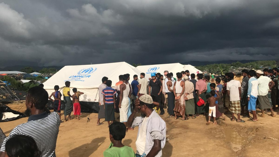 In the early days of the Rohingya refugee influx in September 2017, UNHCR operated just one clinic out of a tent near Kutupalong, Bangladesh.