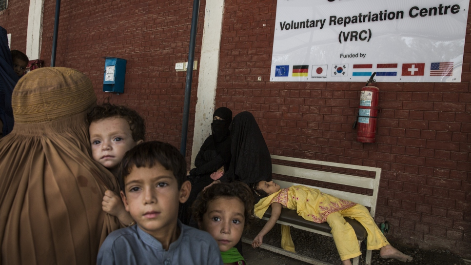 Afghan refugees at a UNHCR voluntary repatriation centre in Peshawar, Pakistan. They are making preparations to return home to Afghanistan with assistance from UNHCR.