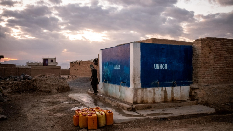 A solar-powered deep water well built by UNHCR and its partner organisations in Dasht-e Tarakhil, Kabul, Afghanistan on November 18, 2018.
