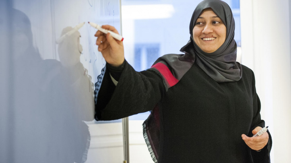 Syrian refugee Widad Alghamian, 41, an Arabic and religious studies teacher from Damascus, has returned to the classroom thanks to a programme in Vienna.