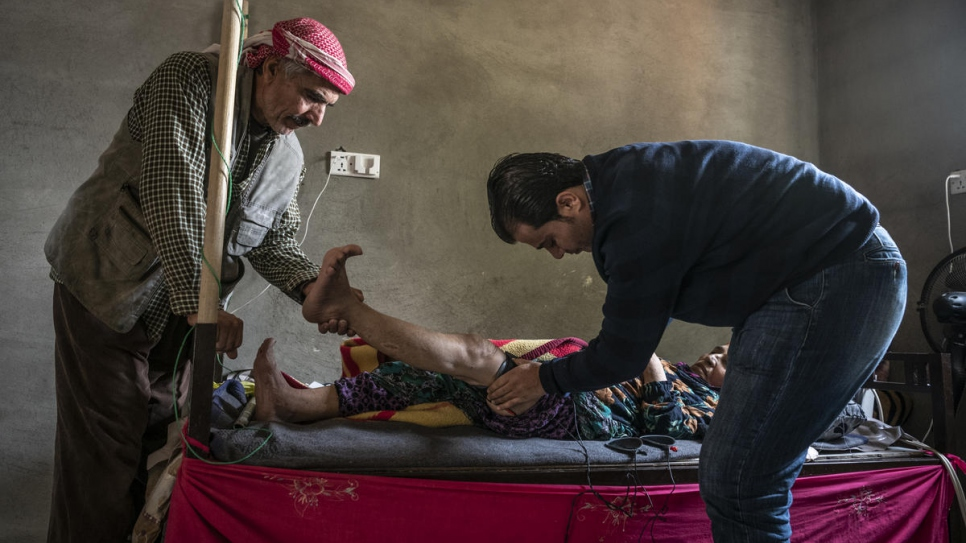 Dr. Mohammed Issa visits a patient in Darashakran Camp, near the city of Erbil, capital of the Kurdistan Region of Iraq.