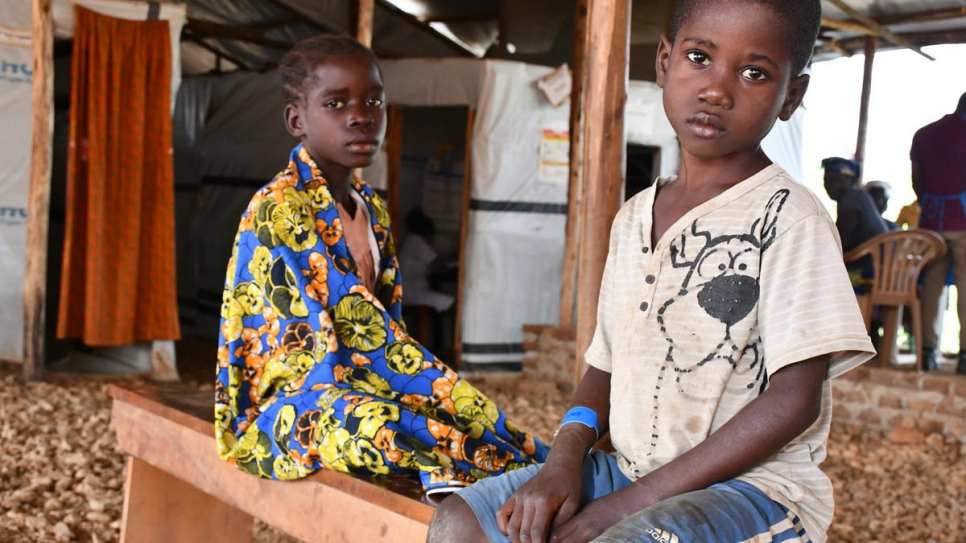 Attacks in north-east Congo force thousands to flee to Uganda