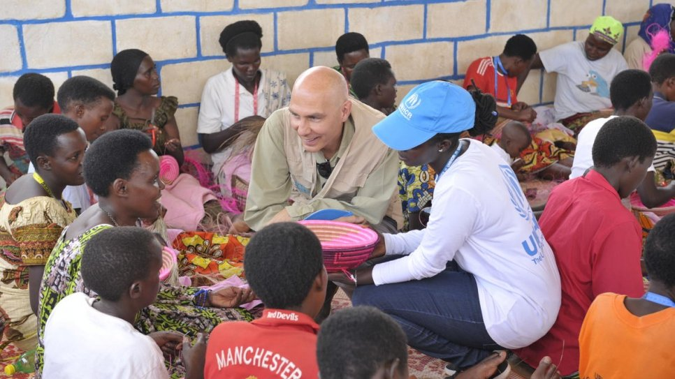 Assistant High Commissioner for Protection, Volker Türk, meets women working in the Women's Cooperative in Mahama camp in eastern Rwanda.
