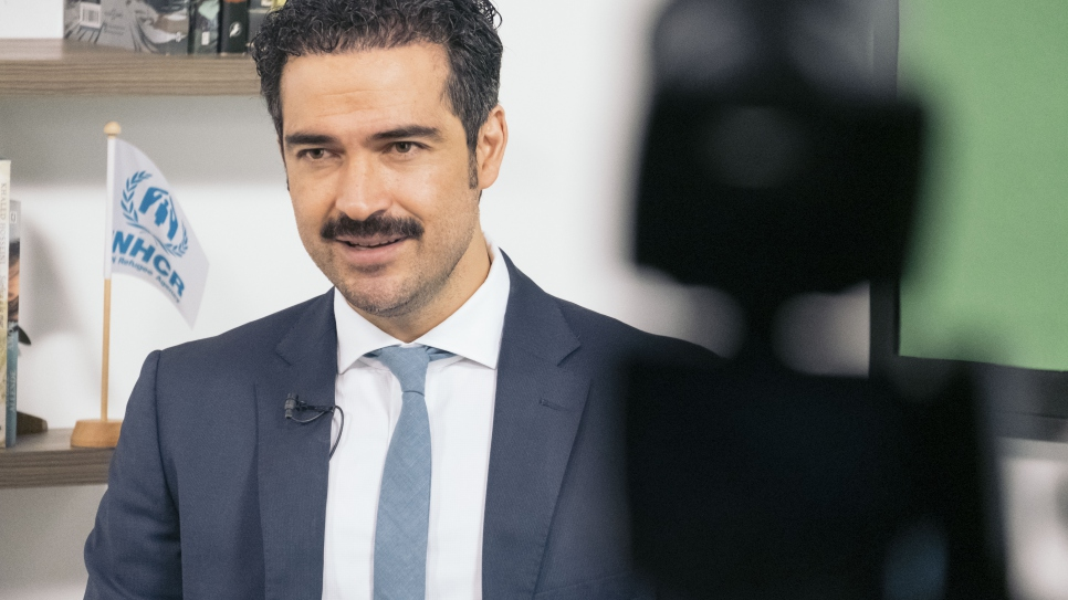 Mexican actor and UNHCR Goodwill Ambassador Alfonso Herrera, MC of the virtual ceremony, during the shoot in Mexico City.