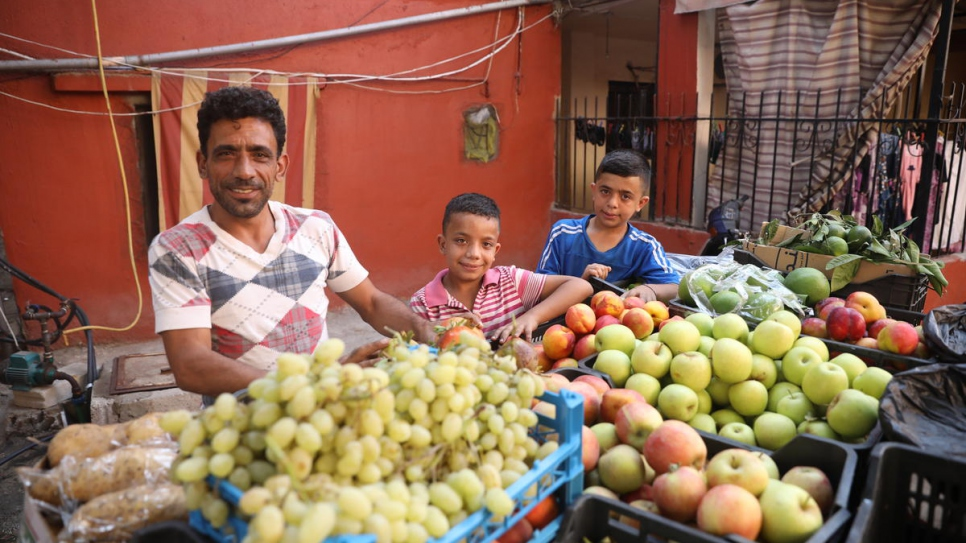 Before moving to Spain, Samer and his sons sold fruit and vegetables from a cart in their local neighbourhood.