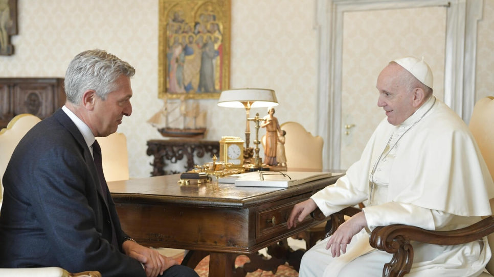 UNHCR- UNHCR's Grandi and Pope Francis share a vision of global response to displacement based on solidarity and care