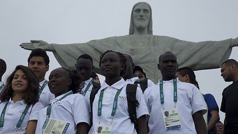Refugee Olympic Team Visit Rio Monument