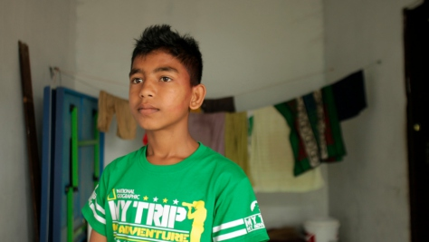 Indonesia. Rohingya siblings split by tragedy