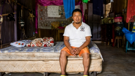Guatemala. Volunteer shelters families fleeing street gangs