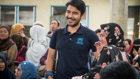 Atom Araullo on mission in the Philippines