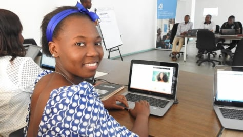 Malawi. Congolese refugee develops Natural Beauty app
