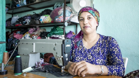 Iraq. Syrian seamstress builds brand loyalty from a refugee camp
