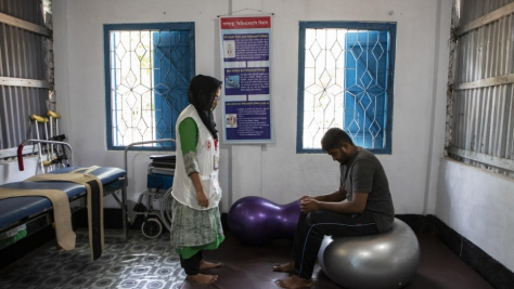 Bangladesh. Free physiotherapy services for refugees and host community