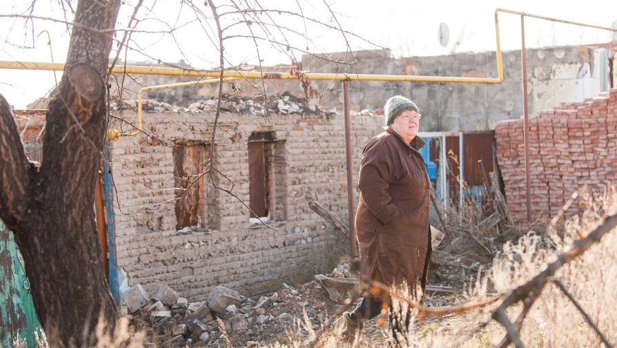In Ukraine, refugees and internally displaced persons name administrative and bureaucratic obstacles, access to housing and employment as key issues
