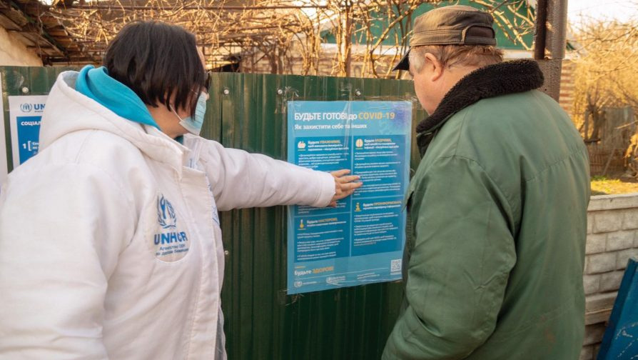UNHCR and partners raise awareness on COVID-19 in east Ukraine