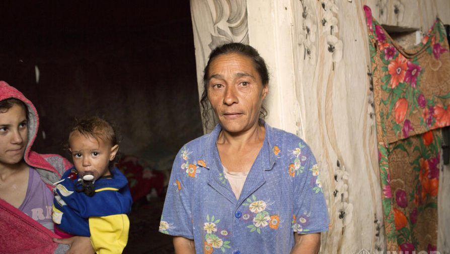 Many Roma families are particularly vulnerable in the current crisis of COVID-19