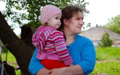 UNHCR Voluntary Relocation project helps families escape conflict in eastern Ukraine